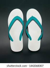 Beautiful sandals with a comfortable green fit