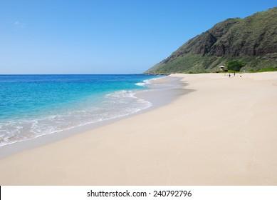Beautiful sandy beach on the West coast of Oahu, Hawaii