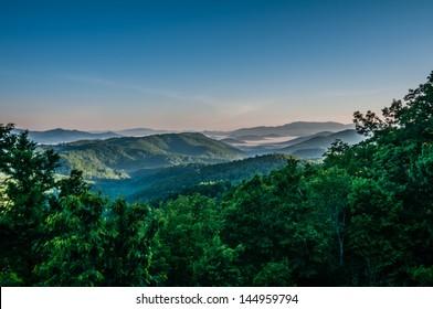 beautiful scenery on blue ridge mountains in north carolina