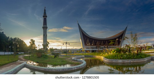 Beautiful scenery of sunset at garden Grand Mosque of West Sumatera