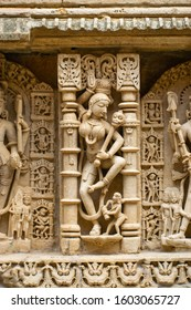 Beautiful sculptures in the interiors of Step well of Patan - Rani ki Vav