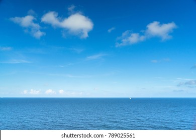Beautiful sea and nice blu sky and white cloud
