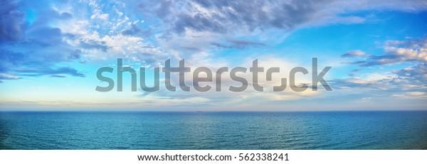 красивая панорама морского пейзажа. Состав природы