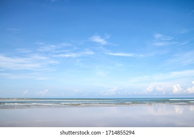 beautiful seascape with sky and cloud