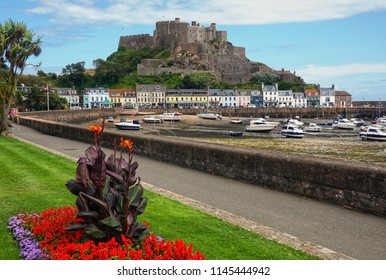 The beautiful seaside town of Gorey is one of Jersey's most iconic locations, thanks to Mont Orgueil Castle.