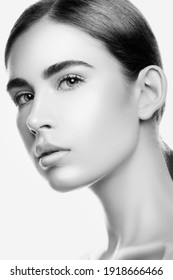 beautiful sensual woman beauty face, elegant Perfect skin natural makeup, health skincare concept. Monochrome