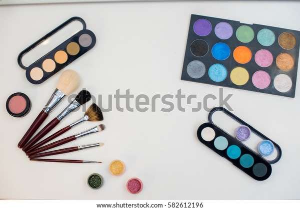 A beautiful set of professional make-up artist.