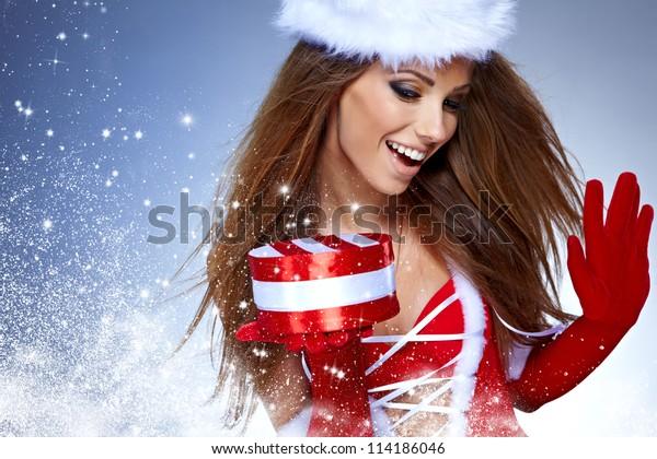 temi natalizi sfondi ragazze vestite da babbo natale sexy