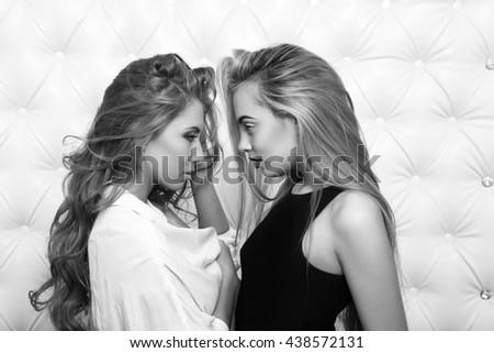 Sexy girlfriends pics 8
