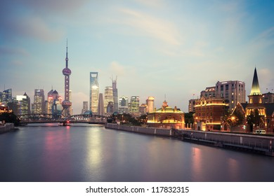 beautiful shanghai at night that the city truly shines