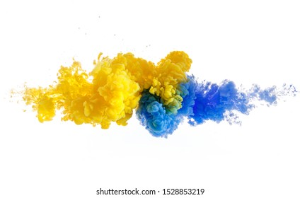 beautiful shape from mix of two colors in water background