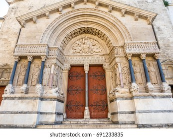 Beautiful sophisticated architecture of entrance door of Church of Saint Trophime in Arles, France