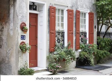 Beautiful street scene in Charleston SC