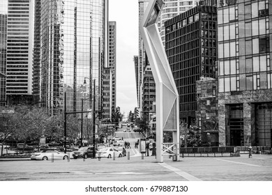Beautiful street view in Vancouver downtown - VANCOUVER / CANADA - APRIL 12, 2017