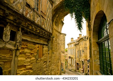 Beautiful streets of Saint-Emilion
