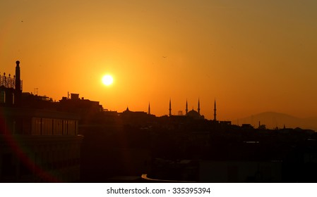 Beautiful sunrise in Turkey in Istanbul with views of the Blue Mosque