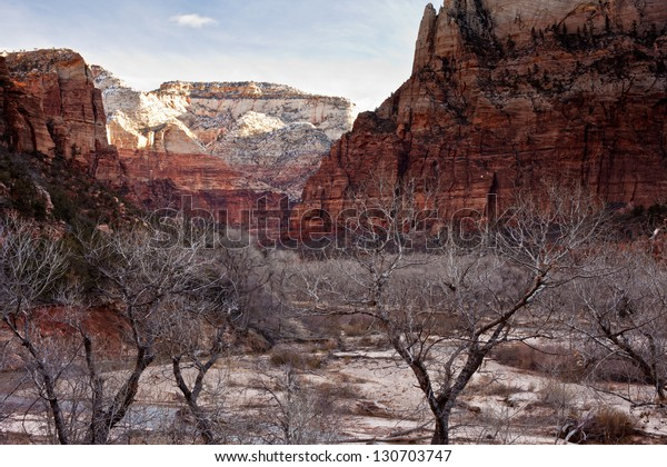 Beautiful sunrise in the wintertime in Zion's National Park