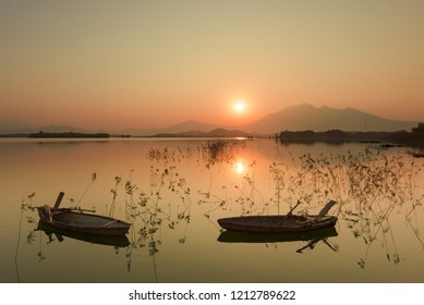 Beautiful Sunset from the Dong Mo lake