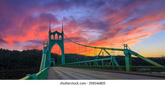 Beautiful Sunset Image of Saint John's Bridge in Portland, Oregon
