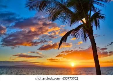 Beautiful sunset at Kamaole Beach Park in Kihei Maui, Hawaii
