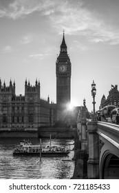 Beautiful sunset in London - LONDON / ENGLAND - SEPTEMBER 19, 2016