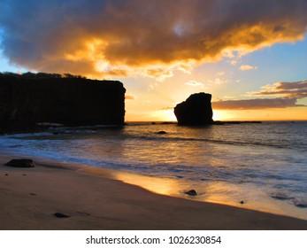 A beautiful sunset off of Lanai.