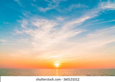 Beautiful sunset on the sea at twilight times - Vintage Filter