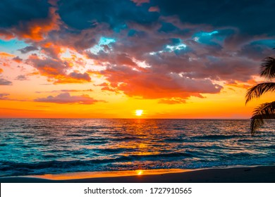 Beautiful sunset over the sea.sky on twilight time and reflection on the sea for travel in holiday relax time