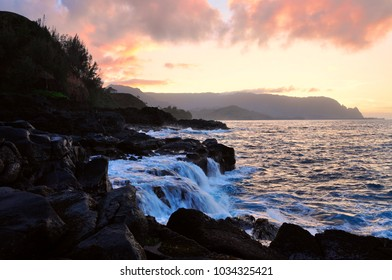 beautiful sunset at the Queen's bath, Kauai Hawaii
