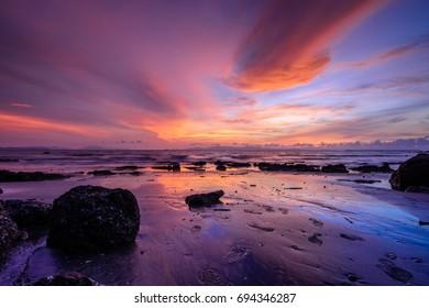 Beautiful sunset scenery over the sea