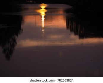 The beautiful sunset view reflection in water