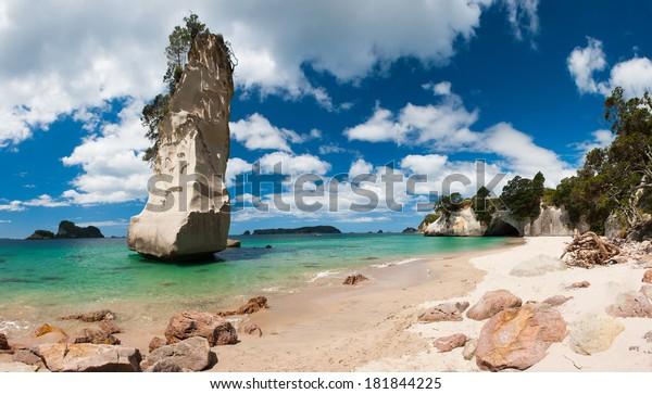 Beautiful Te Hoho Rock at Cathedral Cove Marine Reserve, Coromandel Peninsula, New Zealand. Panoramic photo,