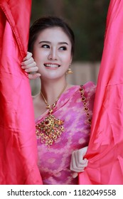 Beautiful thai traditional bride portrait close up beautiful