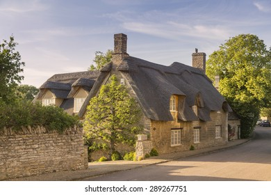 Beautiful thatched cottage in a rural village, in Northamptonshire, England.