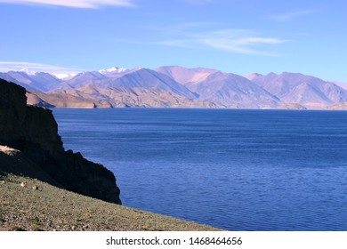 The beautiful tourist attraction Palgon Lake (pangong tso) is located in the Ali area of Tibet, China. It is a high-altitude transparent blue freshwater lake that extends along the Himalayas to Ladakh