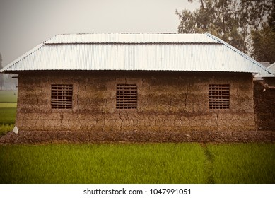 Tin Shed House Images Stock Photos Amp Vectors Shutterstock