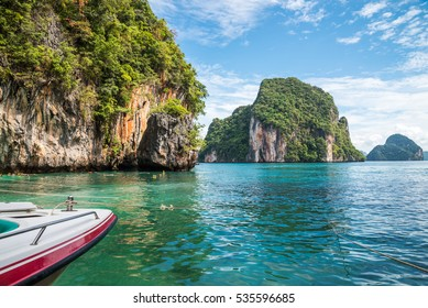 Beautiful tropical island beach Koh Lao Lading, Krabi Thailand - Travel business holiday concept