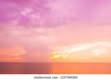 Beautiful tropical sea and ocean on cloud with sky at sunrise times