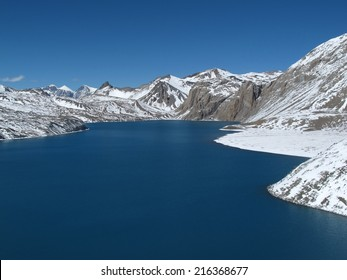Beautiful turqouise Lake Tilicho
