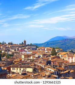 Beautiful Tuscany panorama. View from Perugia into the countryside.