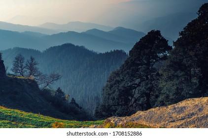beautiful-valley-view-narkanda-himachal-260nw-1708152886.jpg