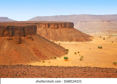 Beautiful view of the Adrar Plateau and canyons, Mauritania