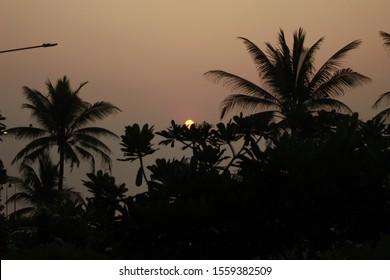 A beautiful view of evening sunset along the Arabian sea in Bandstand, Mumbai
