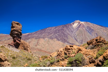 beautiful view of the famous Pico del Teide mountain with Roque Cinchado, Tenerife, Canary Islands, Spain