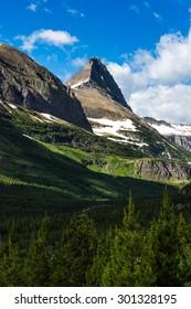Beautiful view of Glacier Naitonal Park belong Going to the sun road