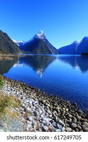 Beautiful view and landscape of lake and mountain in South Island, New Zealand