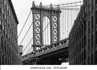 Beautiful view of the Manhattan Bridge