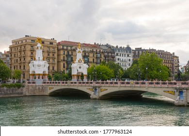 Beautiful view of the Maria Cristina bridge (Maria Kristina zubia) in San Sebastian (Donostia), inspired by the architecture of the Pont Alexandre III in Paris and the Urumea river. July 15 2020.