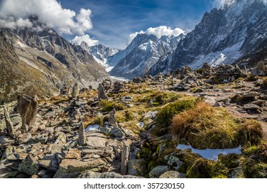 Beautiful View Of Mer De Glace Glacier From Le Signal Forbes - Mont Blanc Massif, Chamonix, France