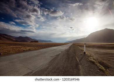 Beautiful view of Pamir highway or Pamirskij trakt, road M-41, International road in Tajikistan